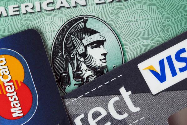 Various Credit Cards Displayed (Photo: Oliver Hoffmann/Shutterstock.com)