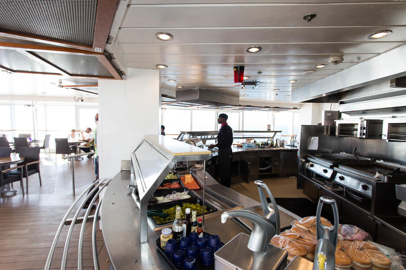 Breezes Grill on Celebrity Infinity