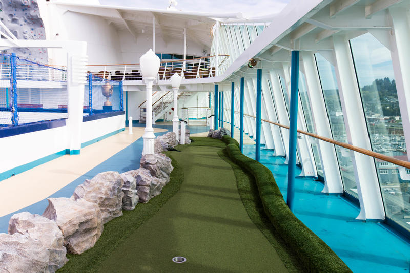 Explorer Dunes Mini-Golf on Explorer of the Seas