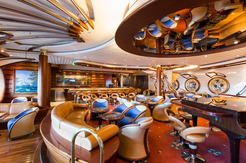 Schooner Bar on Explorer of the Seas