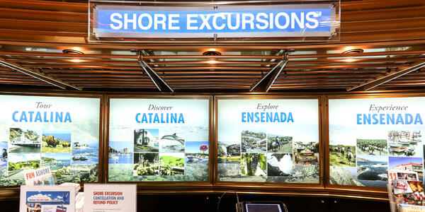 Shore Excursions Desk on Carnival Imagination (Photo: Cruise Critic)