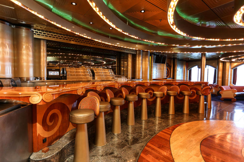 Shangri La Lounge on Carnival Imagination