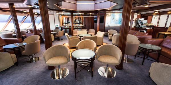 Lounge on National Geographic Islander (Photo: Cruise Critic)