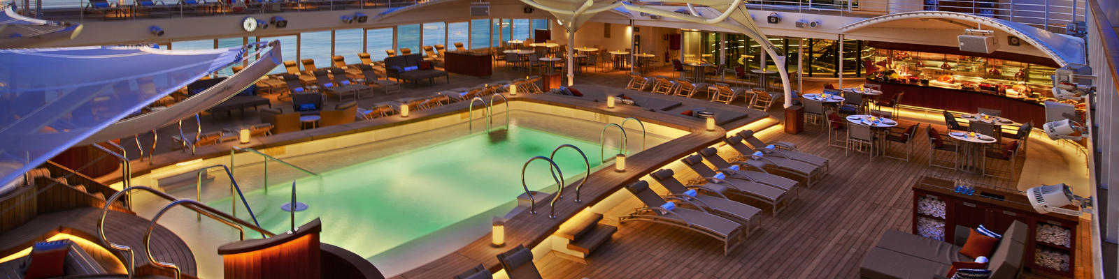 The pool deck on Seabourn Encore (Photo: Seabourn Cruises)