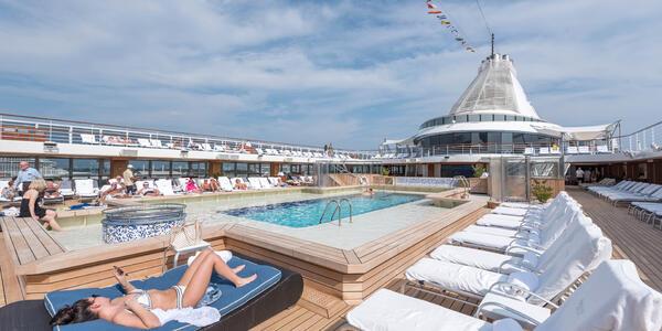 The Pool on Marina (Photo: Cruise Critic)