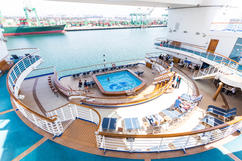 The Terrace Pool on the Grand Princess cruise ship.jpg Hi ... |Pool Terrace Grand Princess