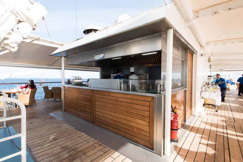 Veranda on Wind Surf