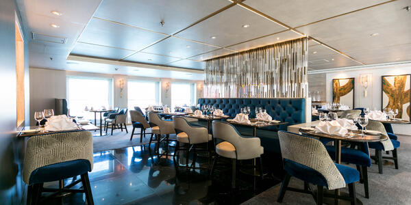 Yacht Club on Crystal Esprit (Photo: Cruise Critic)