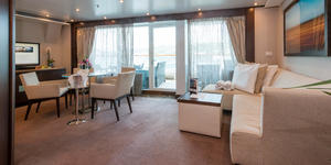 The Penthouse Spa Suite on Seabourn Quest (Photo: Cruise Critic)