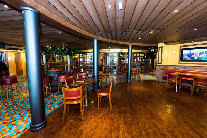 RedFrog Pub on Carnival Legend