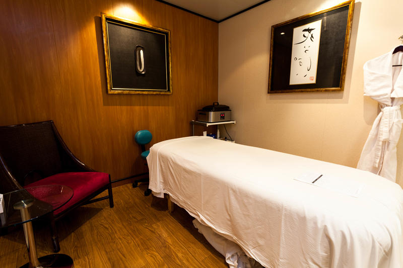 Single Spa Treatment Room on Norwegian Jade