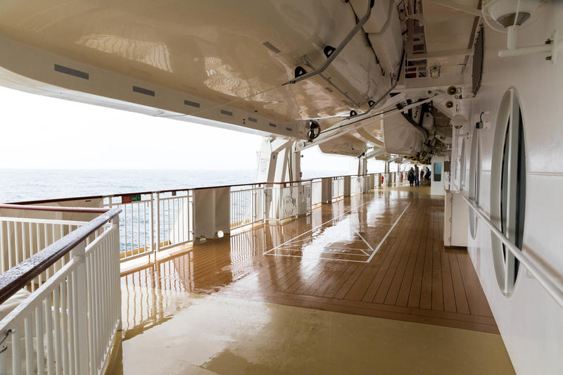 The Promenade Deck on Norwegian Jade