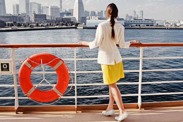 Best Women's Shoes for a Cruise  (Photo: Lidiia Kozhevnikova/Shutterstock.com)