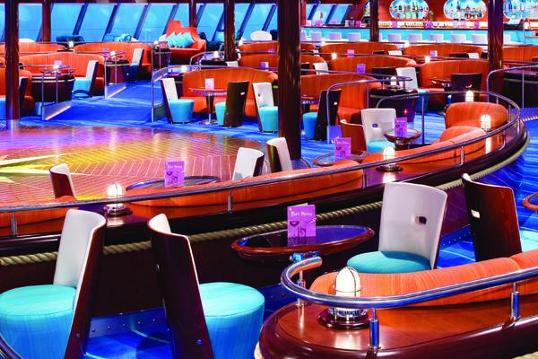 Spinnaker Lounge on Norwegian Cruise Line (Photo: NCL)