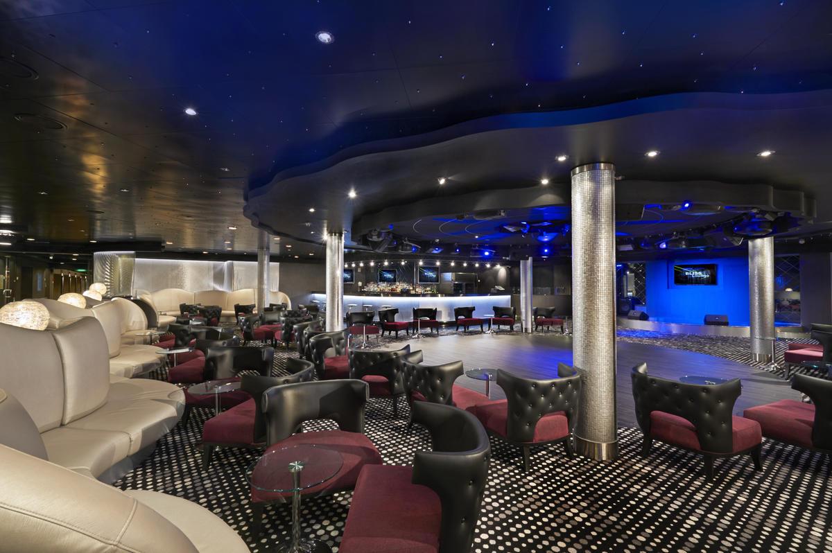 Bliss Ultra Lounge On Norwegian Cruise Line Cruise Critic