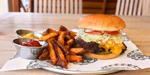 Burger on Carnival Cruise Line (Photo: Carnival)