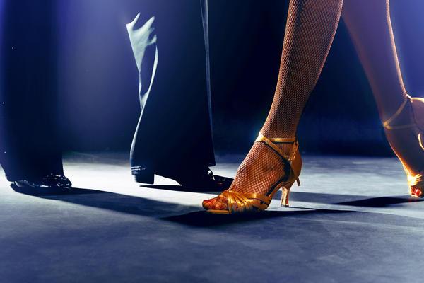Best Dancing at Sea (Photo: Africa Studio/Shutterstock)