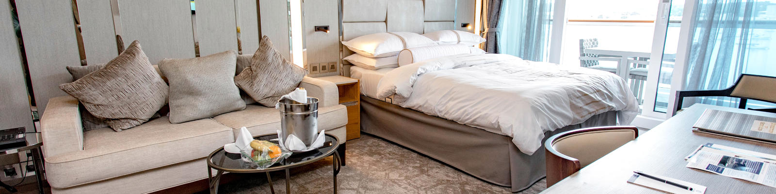 What To Expect On A Cruise Cruise Rooms Cruise Critic Extraordinary Luxor One Bedroom Luxury Suite Ideas Design