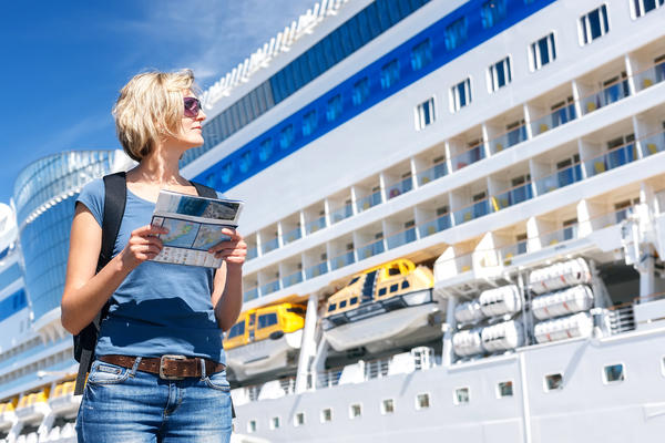 9 Mistakes to Avoid When Booking Shore Excursions (Photo: paffy/Shutterstock)