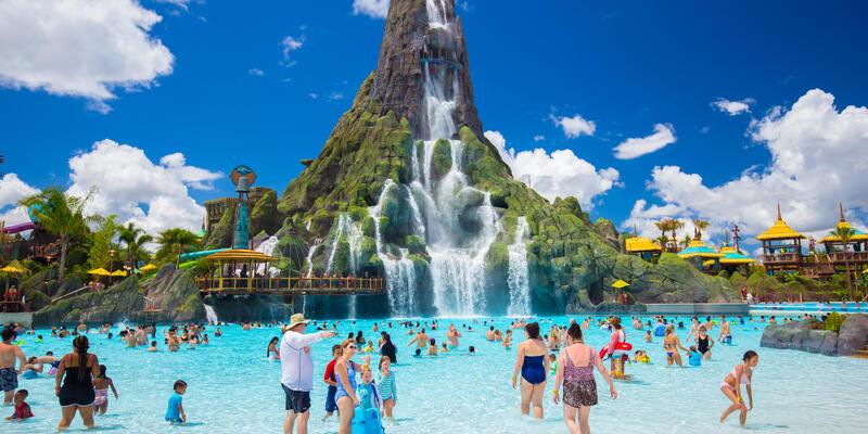 Volcano Bay Aquapark in Universal Studios, Florida (Photo: Mia2you/Shutterstock)