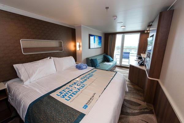 The Balcony Cabin on Norwegian Escape (Photo: Cruise Critic)