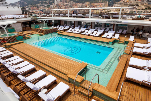 Pool Deck on Seven Seas Explorer (Photo: Cruise Critic)