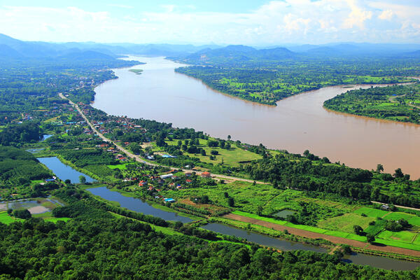 View of the Mekong River in Northeastern Thailand (Photo: MR.Kowit Suisuang/Shutterstock)
