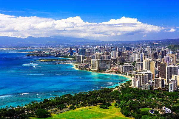 Skyline of Honolulu, Hawaii (Photo: emperorcosar/Shutterstock)