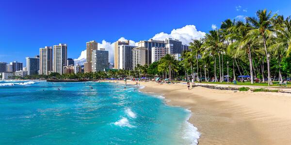 Waikiki Beach in Honolulu, Hawaii (Photo: emperorcosar/Shutterstock)