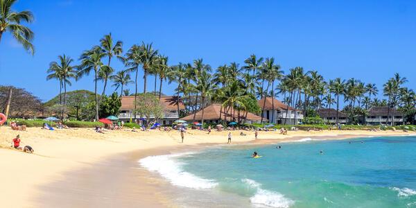 Poipu Beach on Kauai, Hawaii (Photo: Jeff Whyte/Shutterstock)