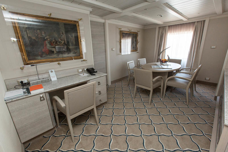 The Owner Suite on Silver Cloud Expedition