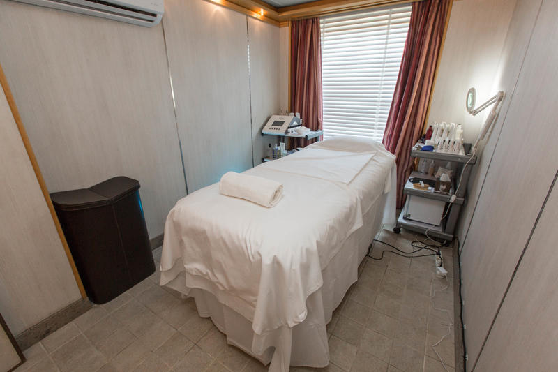 Zagara Spa Treatment Room on Silver Cloud Expedition