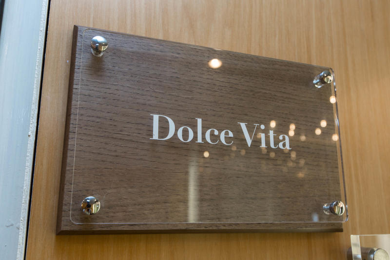 Dolce Vita on Silver Cloud Expedition