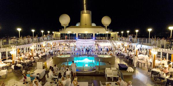 Azamara' White Night Party (Photo: Cruise Critic)