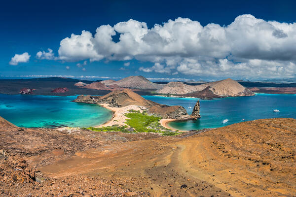 Galapagos Islands (Photo: FOTOGRIN/Shutterstock)