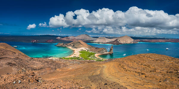 Galapagos Islands (Photo: FOTOGRIN/Shutterstock)