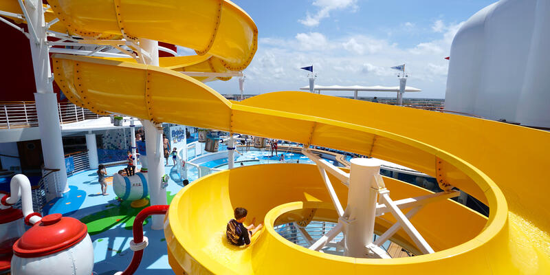 AquaLab on Disney Magic