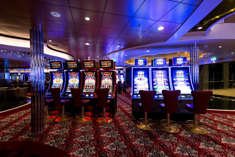 Casino Royale on Symphony of the Seas