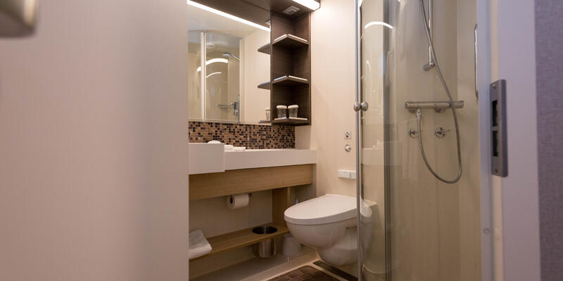 The Spacious Interior Cabin bathroom on Symphony of the Seas (Photo: Cruise Critic)