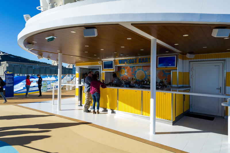 Wipeout Bar on Symphony of the Seas