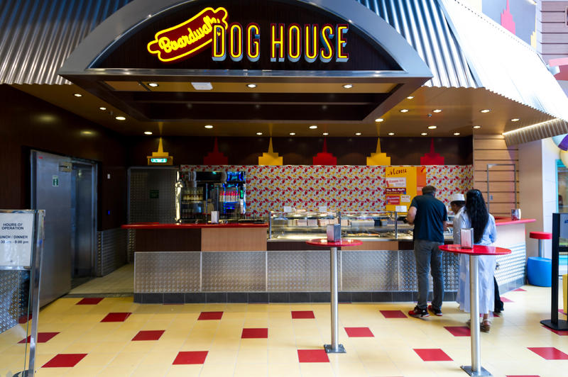Boardwalk Dog House on Symphony of the Seas