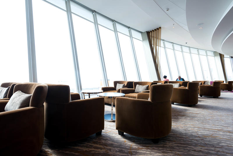 Suite Lounge & Bar on Symphony of the Seas