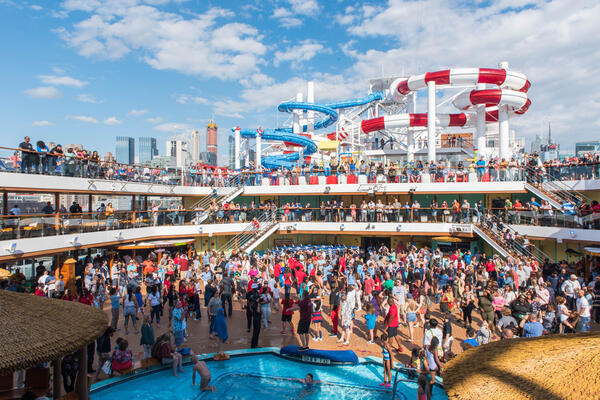 Sail-Away Party on Carnival Horizon