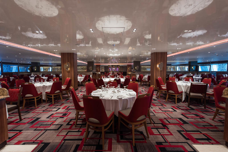 Reflections Restaurant on Carnival Horizon