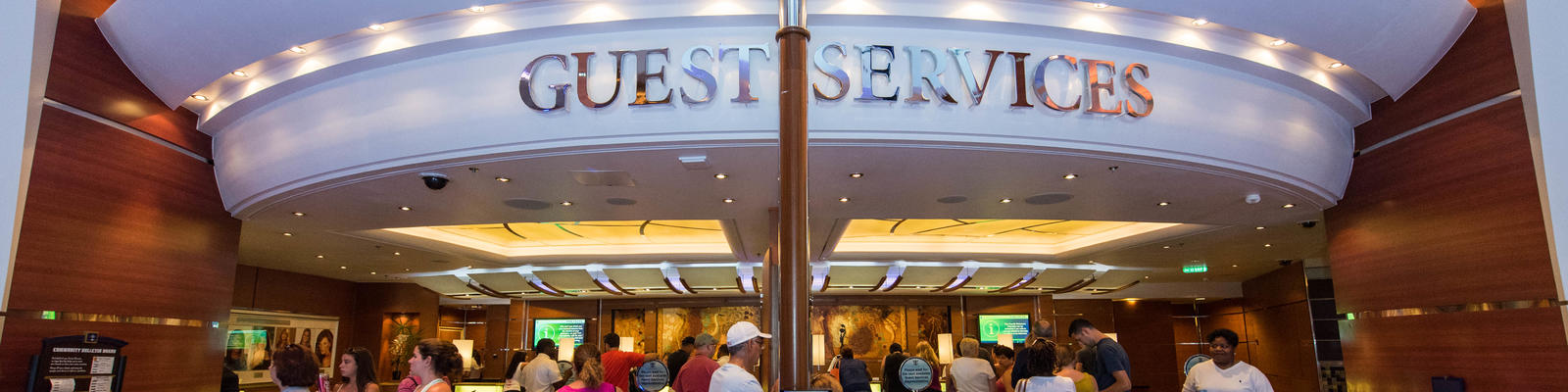Guest Services Desk on Oasis of the Seas (Photo: Cruise Critic)