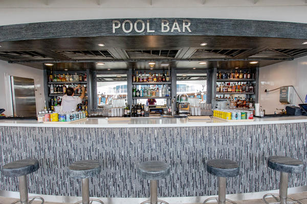 Pool Bar on Azamara Pursuit
