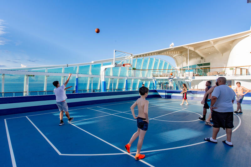 Sports Court on Mariner of the Seas