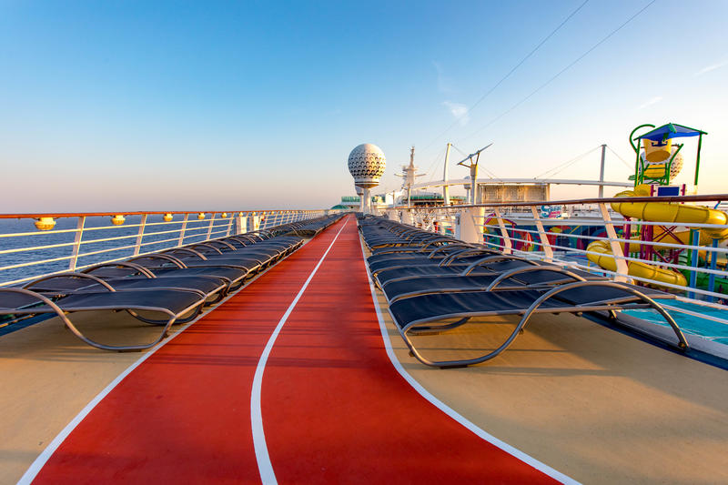 Jogging Track on Independence of the Seas