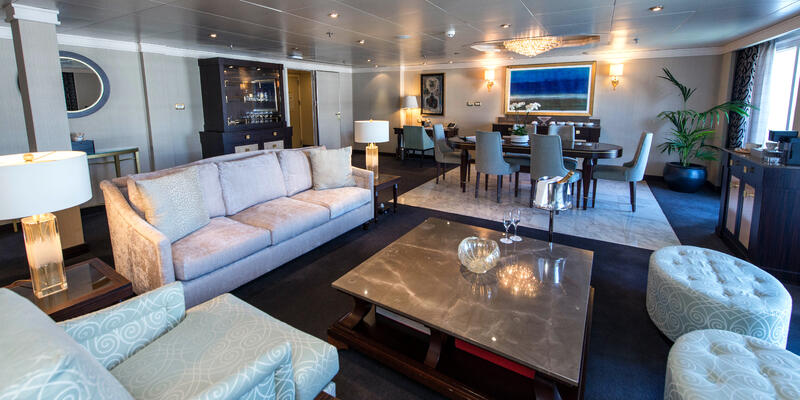 The Master Suite on Seven Seas Navigator (Photo: Cruise Critic)
