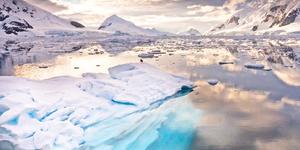 Antarctica (Photo: Wim Hoek/Shutterstock)